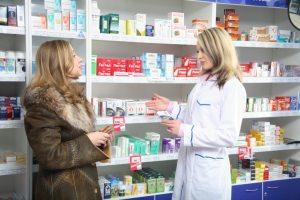 Покупка мази в аптеке