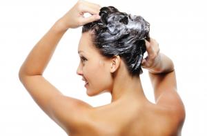 Как правильно применять шампуни