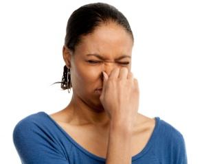 Неприятный запах солидола