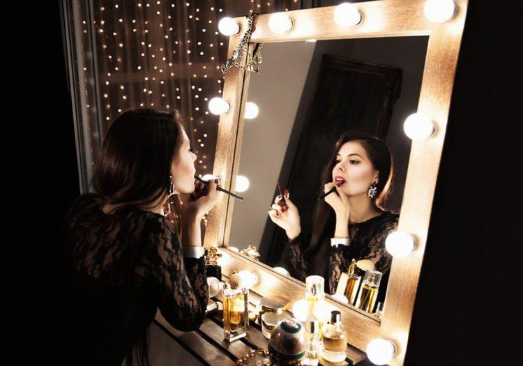 Зеркало макияж